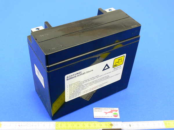 Battery 18 A/h (175 x 87 x hight 155mm) Gel <br>Gel cell battery, saves space and weight. Excellent for 750/1000/1200 Laverda